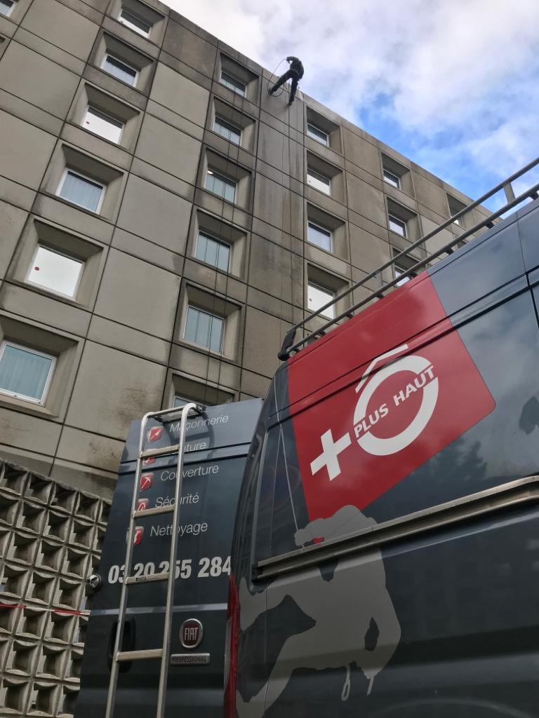 Nettoyage-Nettoyage-de-façades