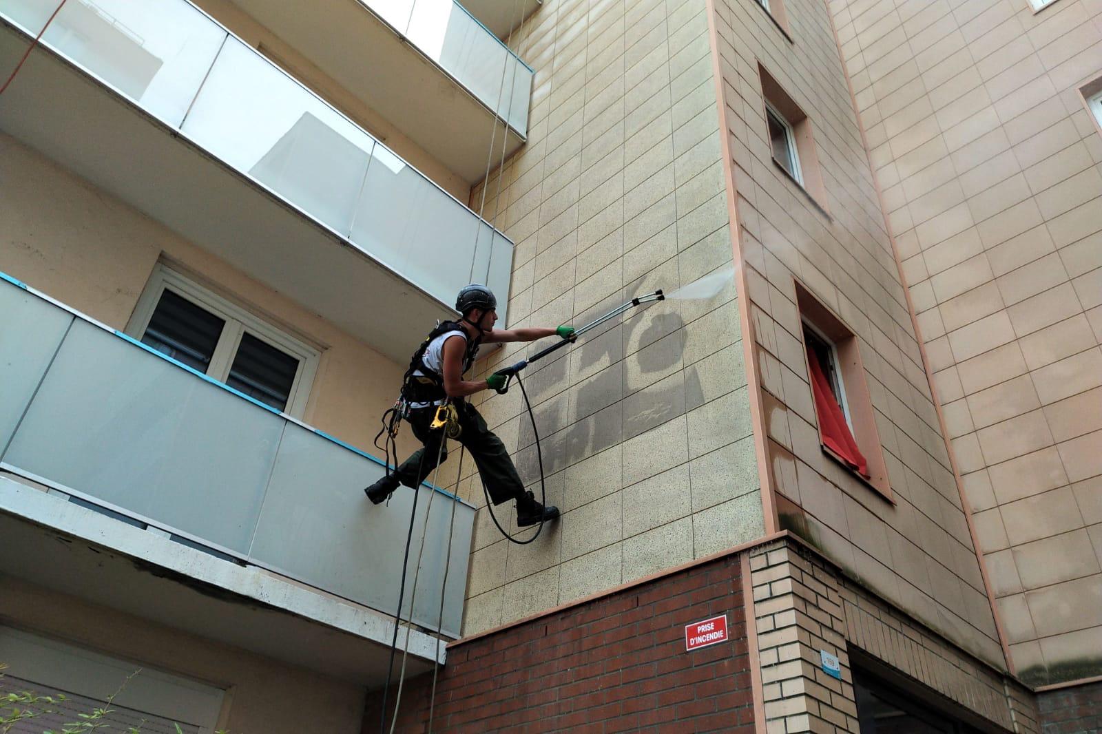Nettoyage-Nettoyage-haute-pression-de-façades